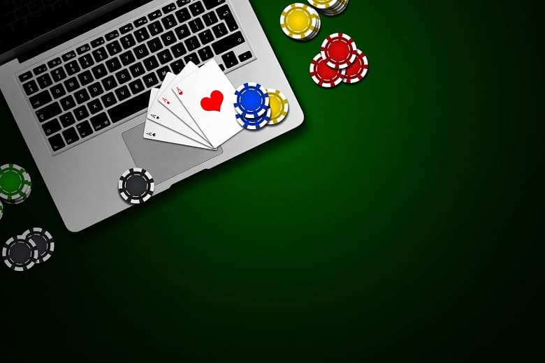 Poker-Online-With-Friends